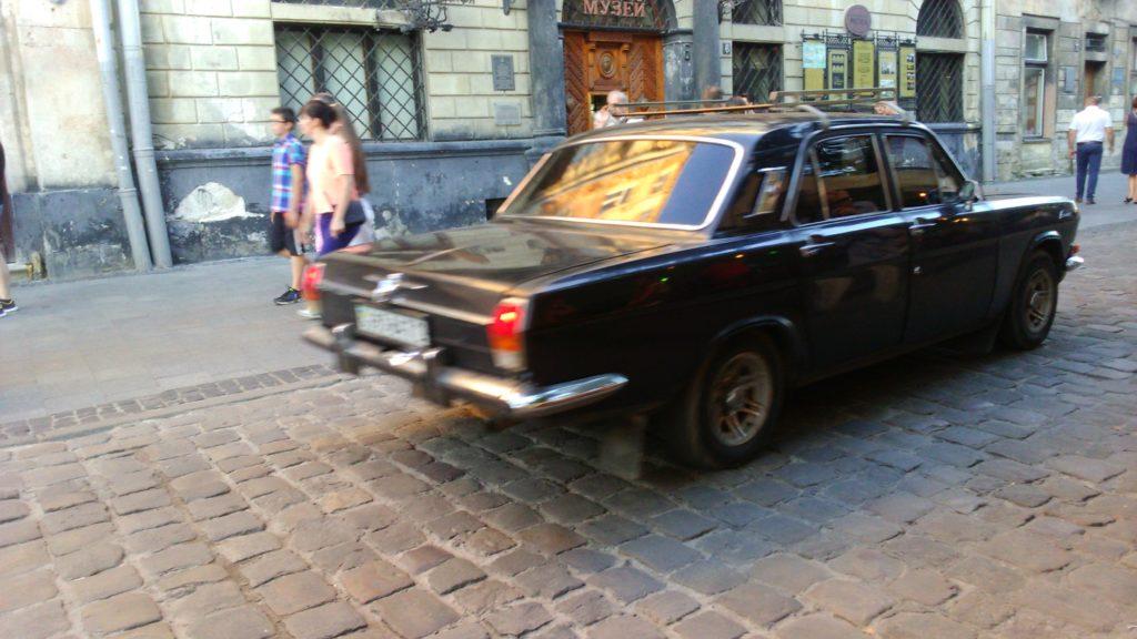 auto na Ukrainie